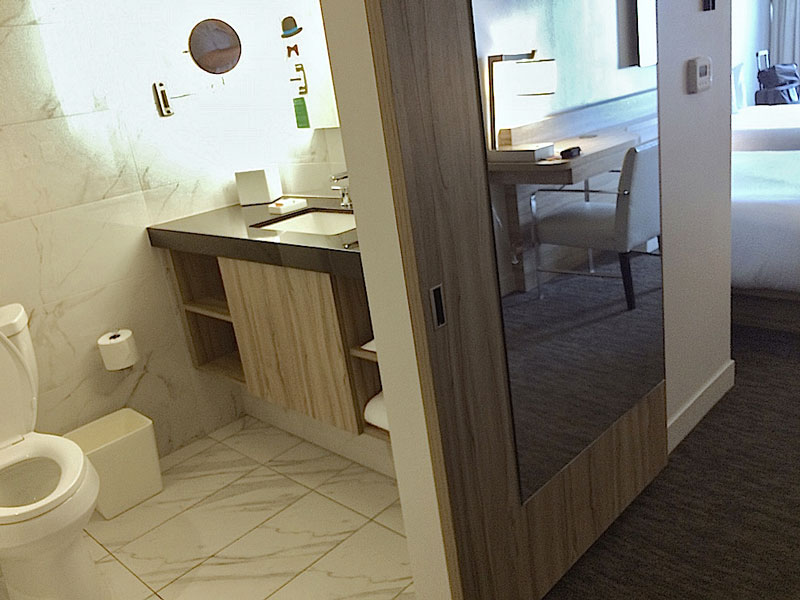 Linq Hotel Bathroom