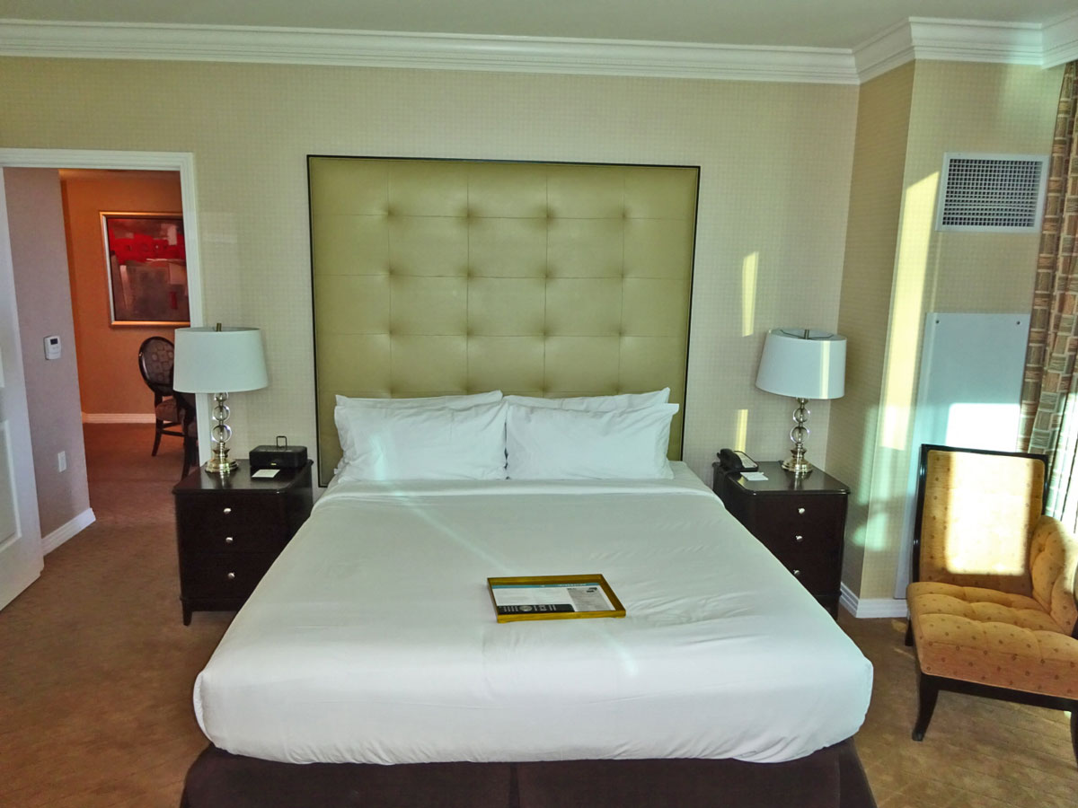 King Bed at Signature
